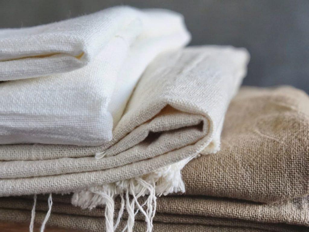 Import z Pakistanu - tkaniny