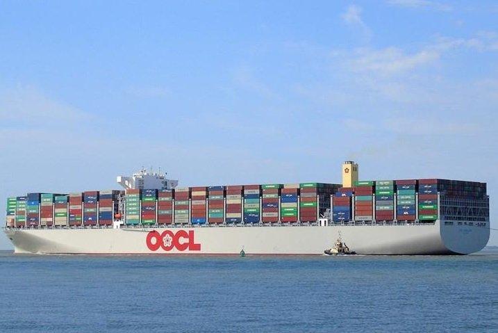 Największe kontenerowce OOCL Hong Kong