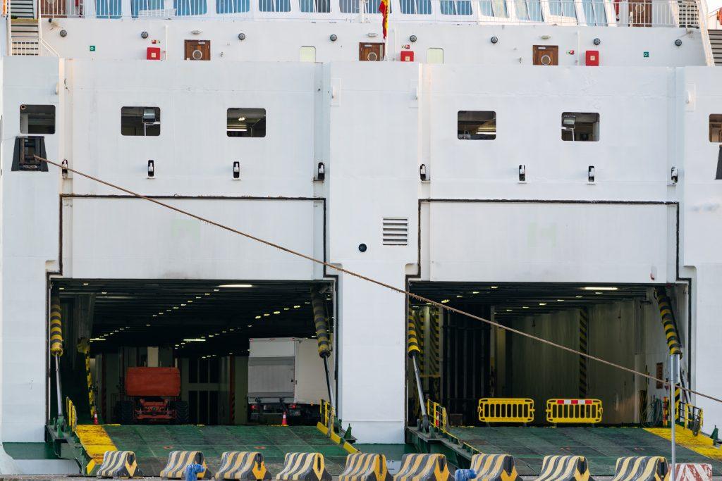 Statki towarowe - ro-ro